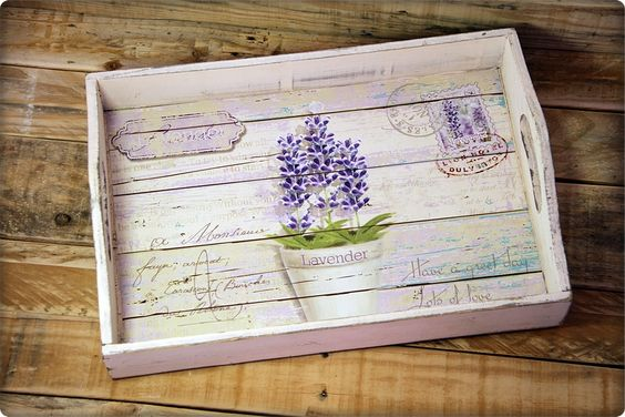 decorar bandejas con decoupage