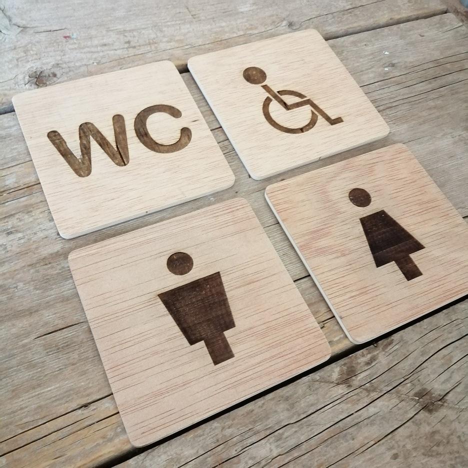 cartel madera wc