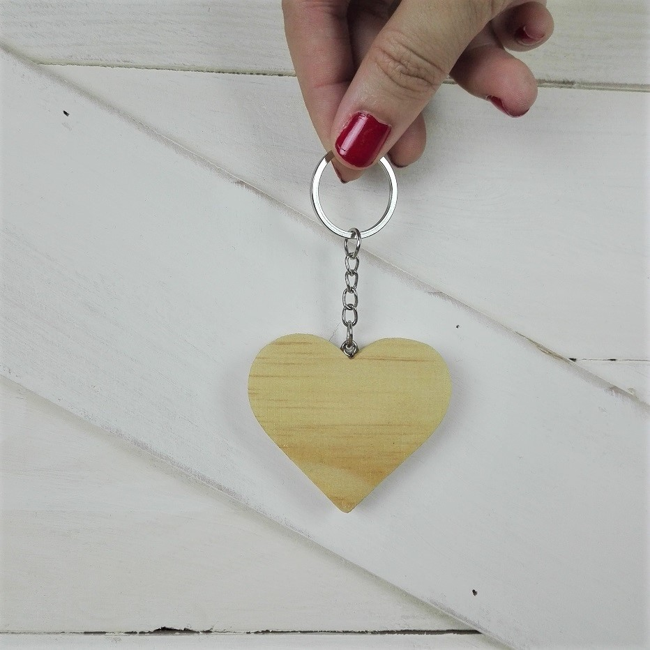 llavero corazon madera