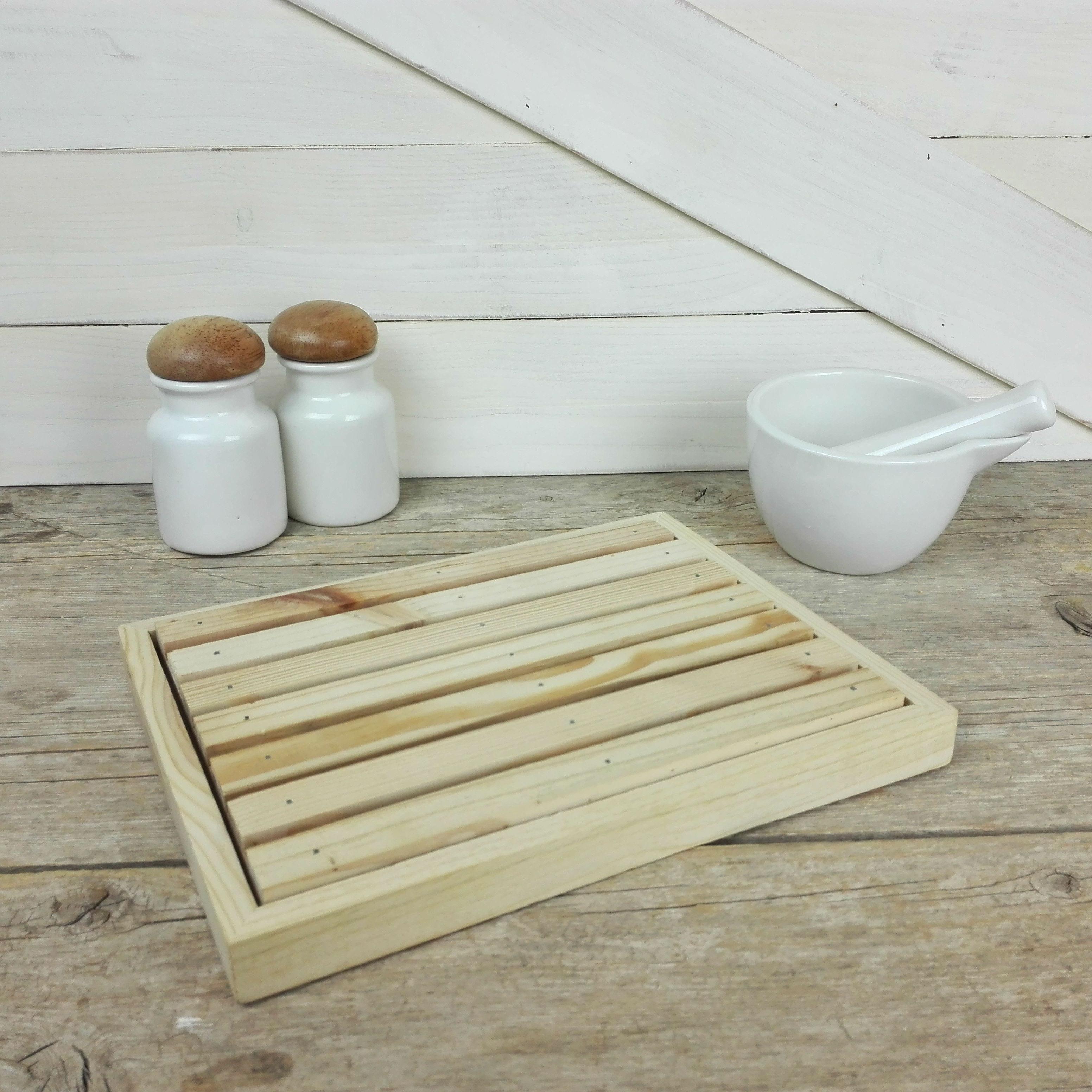 soporte corta pan madera
