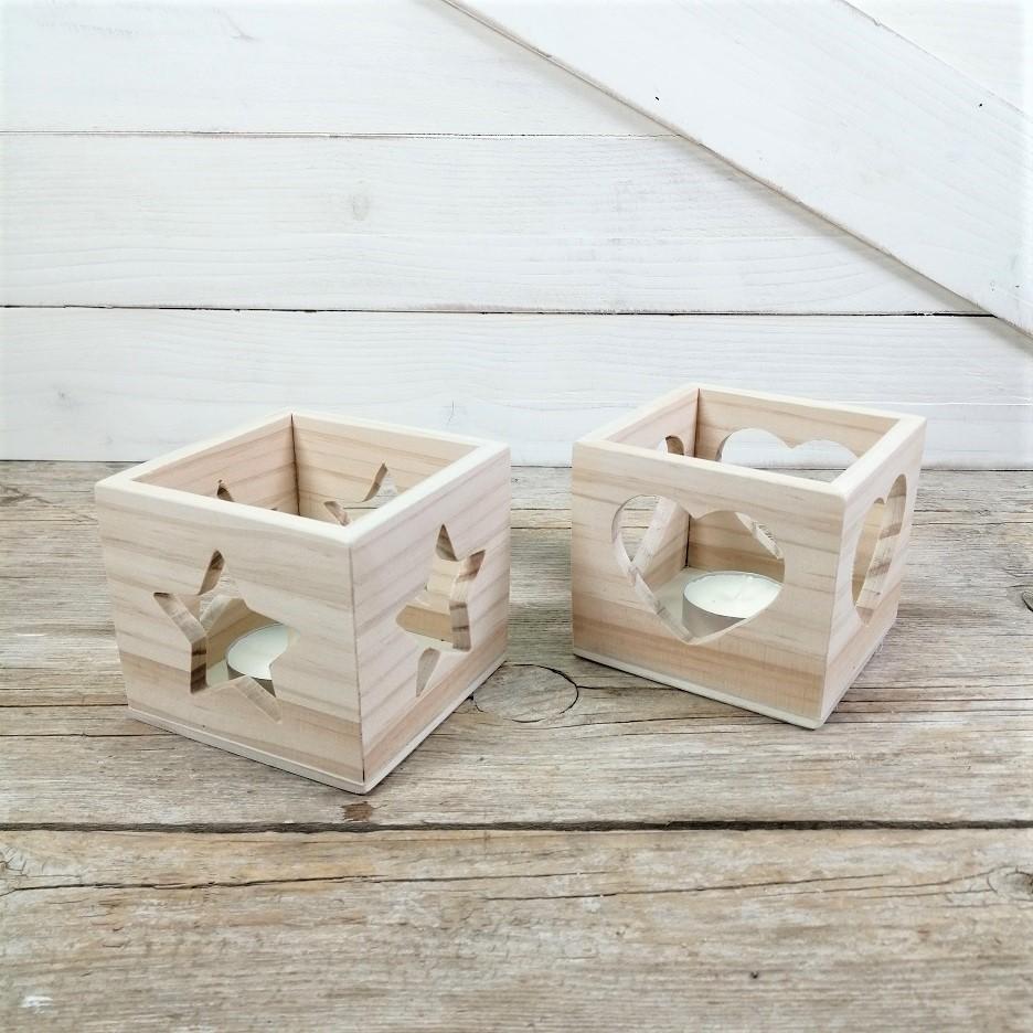 Cubo de madera portavelas