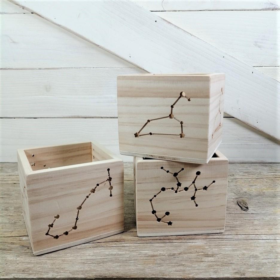 Portavelas de madera constelaciones zodíaco